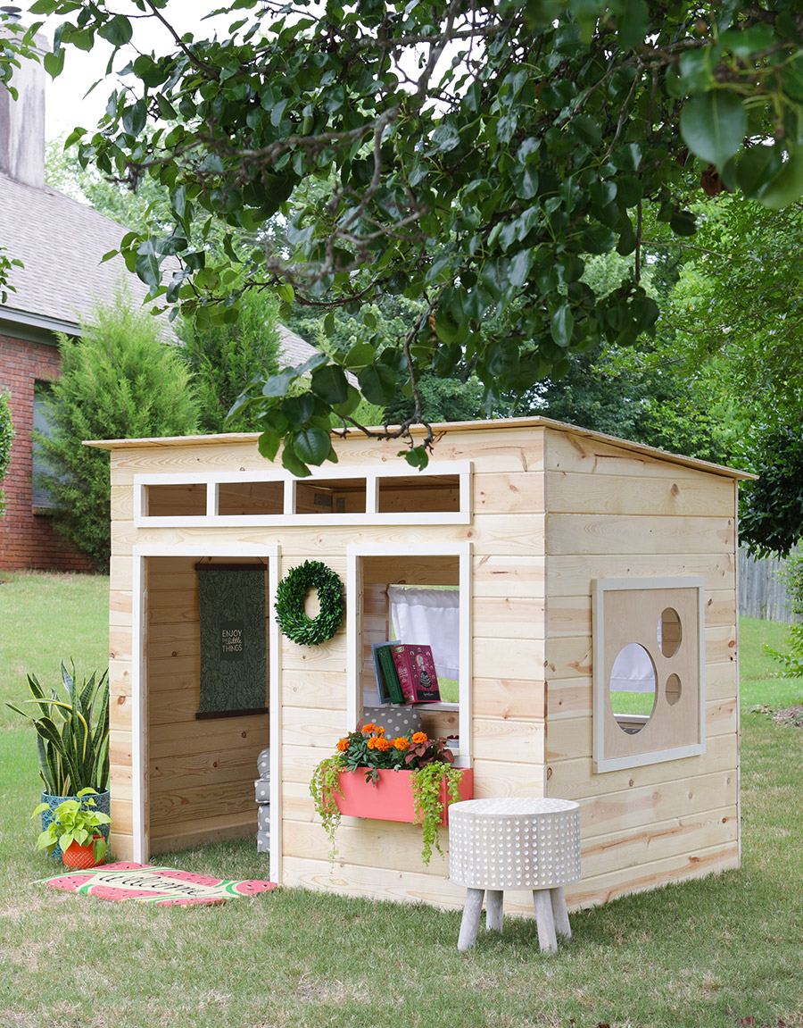 Enjoy Your Time While Making Wooden Playhouse To Your Kids