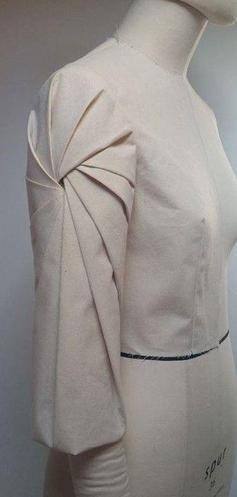 Innovative Pattern Cutting - spiral pleated sleeve detail; fabric manipulation; draping; creative sewing // Shingo Sato