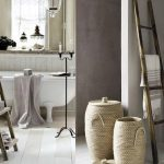 How To Decorate Your Bathroom With Recycled Materials